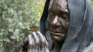 old_woman_f-530x300-3