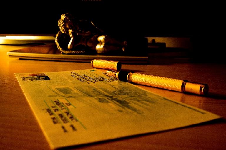 Writing_a_letter.jpg