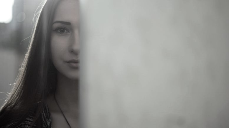 girl-staring-wall-1.jpeg